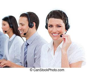 portré, középcsatár, bájos, dolgozó, hívás, ügynökök, vevőszolgálat