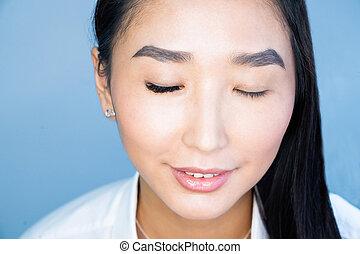 procedure., megkettőz, kiterjedés, csukott, portré, előbb, gyönyörű, asian woman, after., közben, hangerő, szemek, szempilla