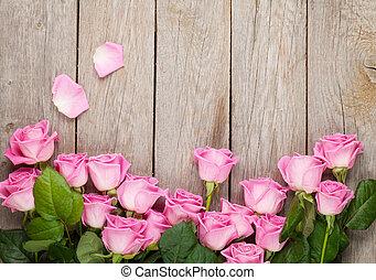 rózsaszínű, fából való, felett, valentines, agancsrózsák, háttér, asztal, nap