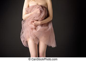rózsaszínű ruha, parciális, sifón, elszigetelt, szürke, feltevő, leány, érzéki, kilátás