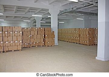 raktárépület, dobozok, kartonpapír