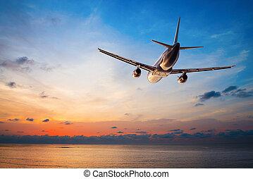 repülés, repülőgép naplemente
