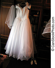 ruha, esküvő