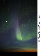 sáv, visible., színes, green-purple, hajnal, erős, however, horizon., csillaggal díszít, sok, fázis, vég, mozdulatlan, félhomály, felett, bemutatás, enough.