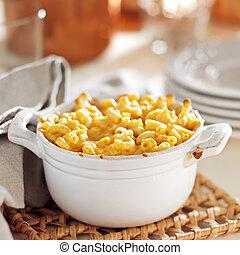 sajt, makaróni, tál, sült