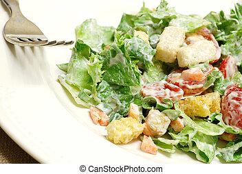 saláta, hányódás