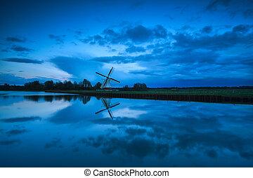 szélmalom, holland, elhomályosul, szürkület