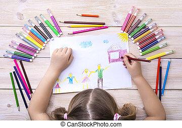 színes, gyermek, pencils., övé, megír, boldog, kártya, születésnap, gyermekek, family., csalogat, rajz, felt-tip, elkészített