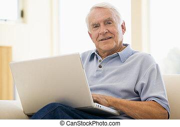 szörfözás, ember, legelészés, laptop, idősebb ember, pamlag, számítógép, otthon, interne