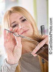 szőr elvág