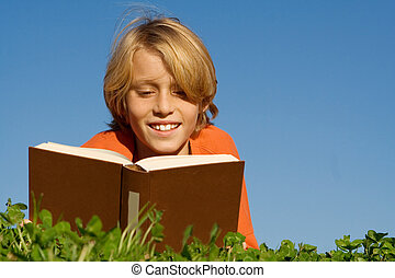 szabadban, felolvasás, gyermek, könyv, boldog