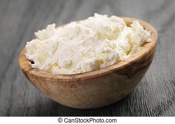 tál, sajt, ricotta, fából való