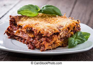 tányér, lasagna, házi készítésű