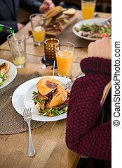 tányér, nő, fiatal, burger
