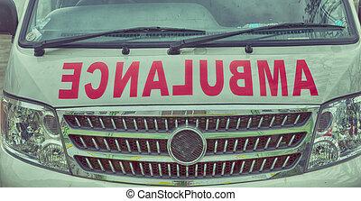 törődik, orvosi, mentőautó, motorháztető, fogalom