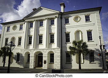 történelmi, törvényszéki épület