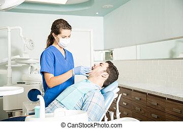 türelmes, fogászati, klinika, fogász, bánásmód, felfogó