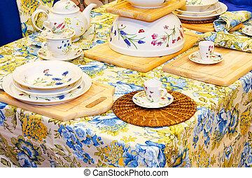 tabletop, 2, virágos