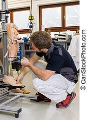 technikus, alkatrészek, prosthetic, dolgozó, láb