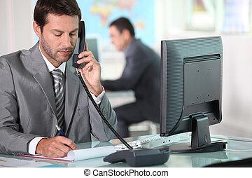 telefon, végrehajtó hivatal
