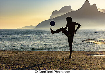 tengerpart futball, napnyugta