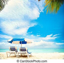 tengerpart, paradicsom, szünidő, concept., sunbeds, idegenforgalom