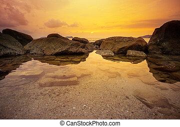 tengerpart, sziklás, sunset.