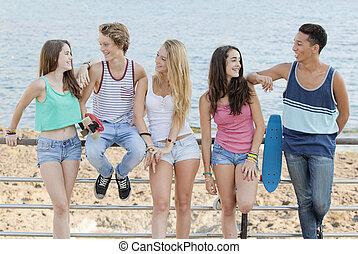 tengerpart, tizenéves kor, különböző, csoport