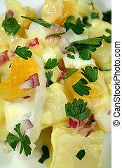 tojás, saláta, krumpli