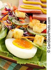 tojás, saláta