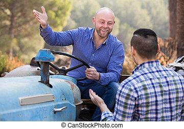 traktor, dolgozó, két, golfütők