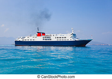 utas hajó, tenger