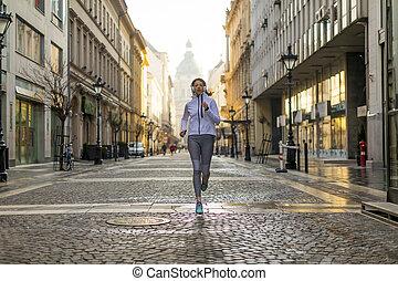 város, futás, nő, fiatal