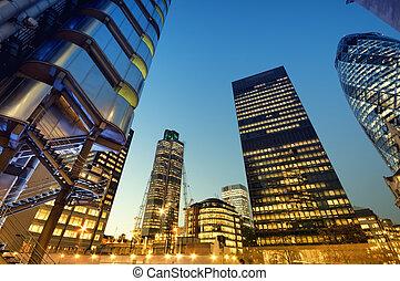 város, london, felhőkarcoló, éjszaka