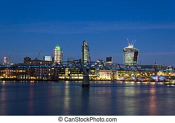 város, london, szürkület