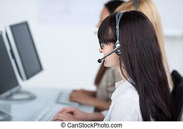 vásárló, gépész, használ, szolgáltatás, fejhallgató