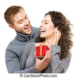 valentine's, young párosít, gift., kedves, nap, ajándék, boldog