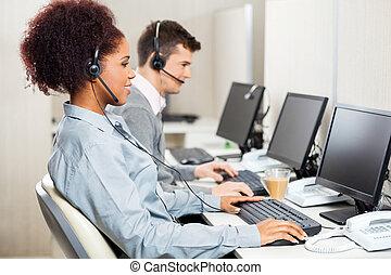 vevőszolgálat, ügynökök, hivatal, dolgozó