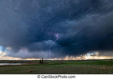 villámlás viharzik, felett, lapályok