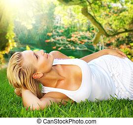 woman ellankad, fiatal, fű, zöld, egészséges, gyönyörű