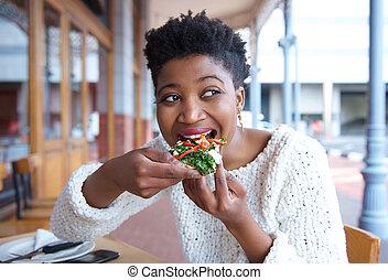 woman eszik, étterem, fiatal, pizza, boldog