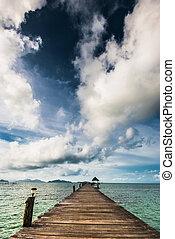 wooden bridzs, tenger