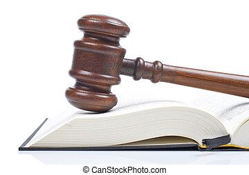 wooden gavel, törvénykönyv
