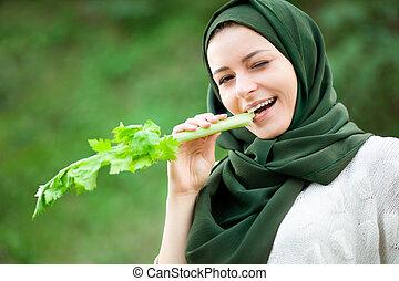 zeller, woman eszik, muzulmán